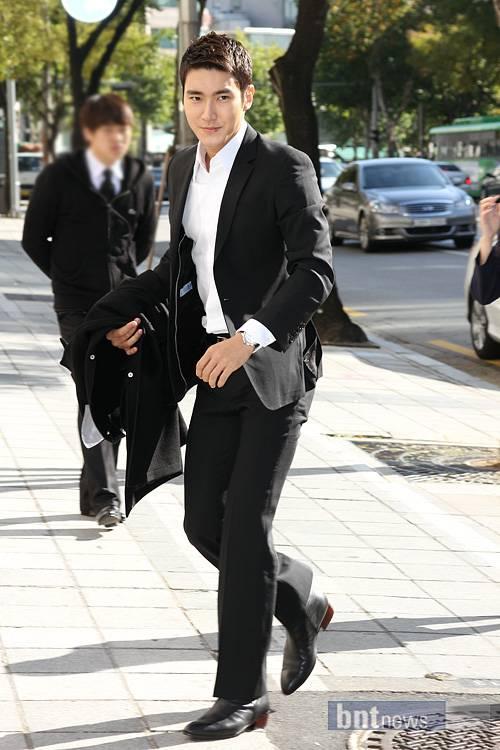 [���] ������ Choi Siwon ����